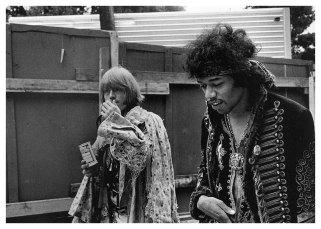 jimi-hendrix-brian-jones-monterey-ca-1967-jim-marshall